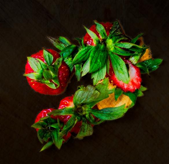 homestrawberriesginger snaps0539