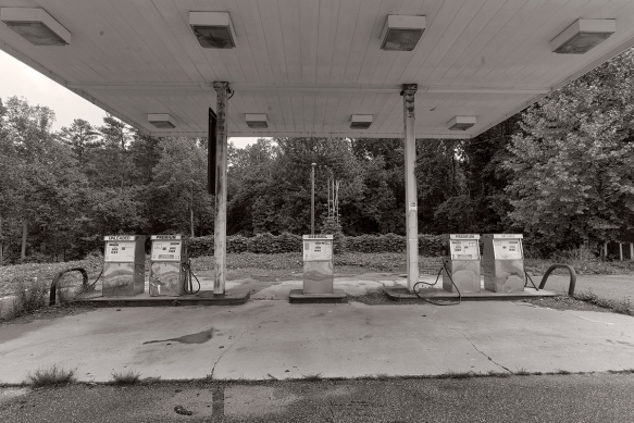 Mountain Viewgas stationabandoned938