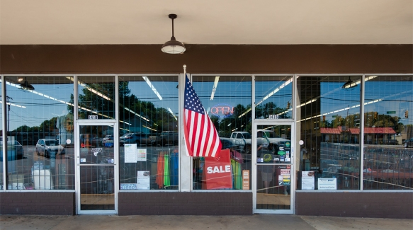 GreenvilleLuthi's Sporting Goods07052016