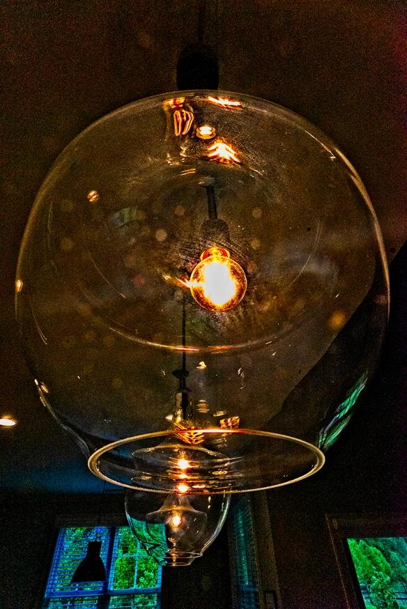 202004181787homeWoodlandskitchenlight globe